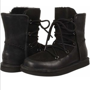 UGG woman's Lodge winter Boots